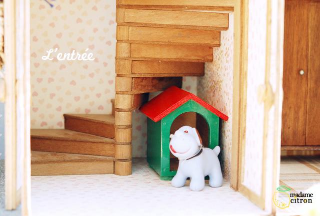 maison de poupée escalier