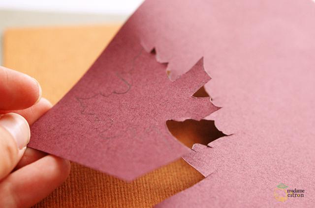 feuille en papier découpé